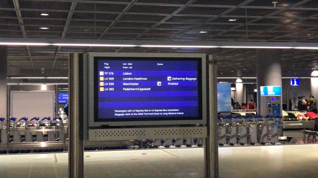 Gepäckausgabe Frankfurt Flughafen